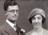Catherine Forster Johnston marriage to William Renshaw Newton, 1932, Berwick